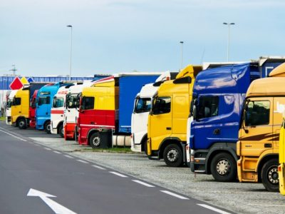 Испания разрешает провести недельный отдых в кабине грузовика. Однако есть и новые ограничения