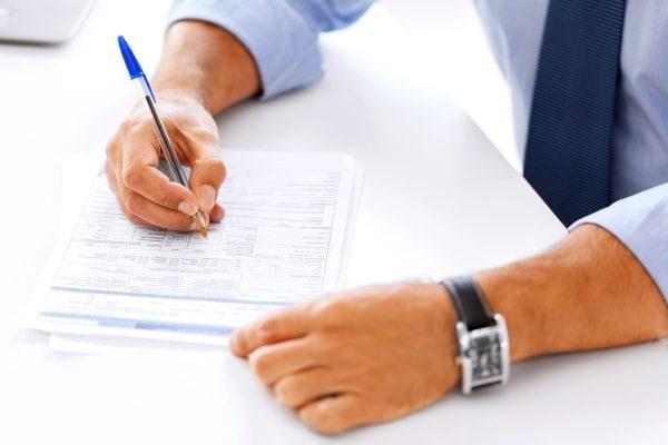 Umowy-pułapki: na czym polega deklaracja specjalnego interesu w dostawie?