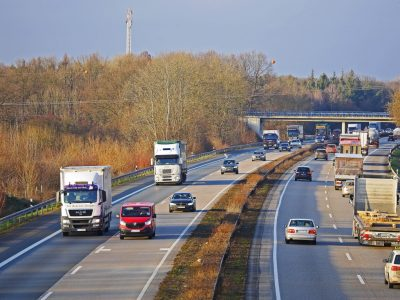 Niemiecki i polski transport na przestrzeni ostatnich 10 lat. Zobacz, ile odebraliśmy Niemcom
