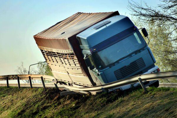 Lkw-Unfälle in Bayern: vom Kaffee kochen bis zur Pediküre