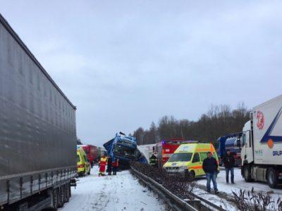Vremea creează probleme. Pe drumurile din Polonia, Cehia și Germania s-au produs deja o serie de accidente. Conduceți cu maximă prudență!