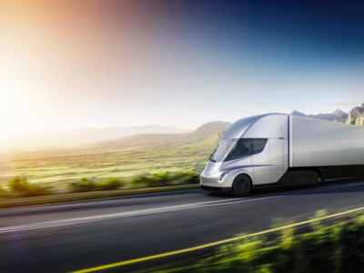 TransINSTANT: The first trip of the Tesla truck | The new electric UPS truck will not be more expensive than the diesel counterparts