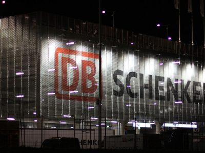 Hatalmas kártérítést követel a Deutsche Bahn a teherautógyártó kartelltől – benne van a Volvo, az Iveco, a Daimler, a DAF és a MAN