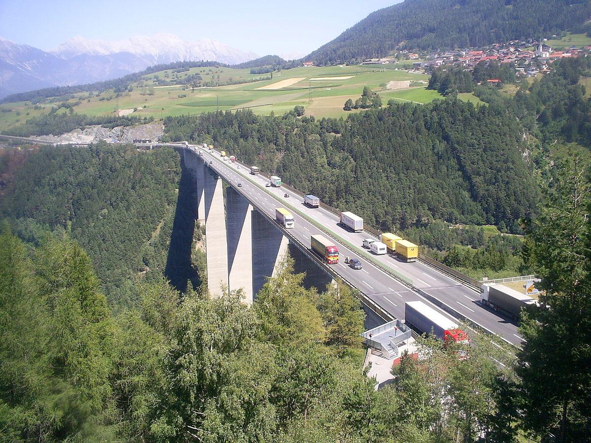 Kolejne terminy odpraw blokowych w Tyrolu