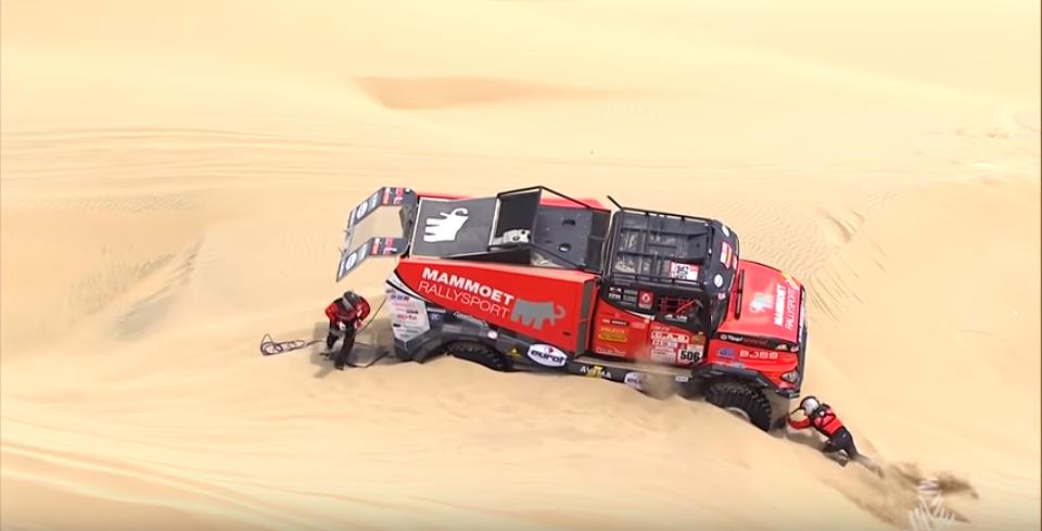Ciężarówki w rajdzie Dakar. Zobacz, z czym muszą zmagać się kierowcy