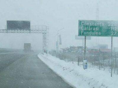 Avertizare meteo: ninsori și polei pe drumurile din România; 6 drumuri sunt închise.