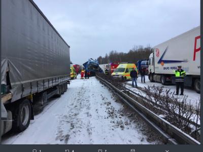 Zima zaatakowała. Na drogach w Polsce, Czechach i Niemczech doszło już do wielu wypadków. Zachowajcie szczególną ostrożność