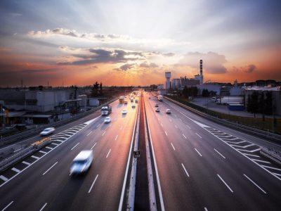 Cresc taxele rutiere pe drumurile din Italia
