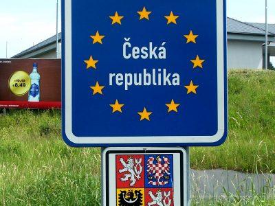 Zehn Kilometer Stau in Richtung Tschechische Republik