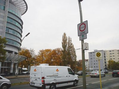 Hamburg bans older diesel vehicles