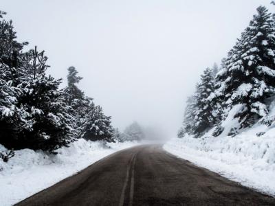 Zima w Hiszpanii nie odpuszcza. Sprawdź, które drogi są nieprzejezdne dla ciężarówek