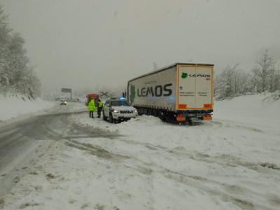 Alertă meteo în Spania. Serviciile rutiere avertizează: câteva rute sunt total inaccesibile
