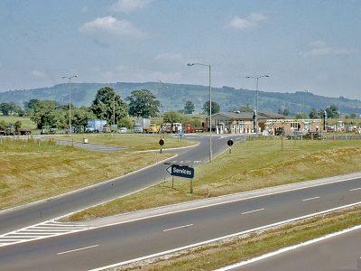 A brit közúti hatóságok kiválasztottak néhány vállalatot, amiknek a teherautóit nem fogják ellenőrizni