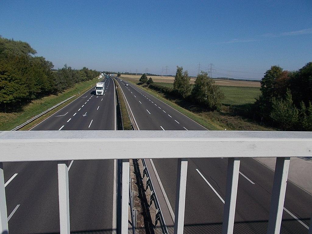 Forgalomkorlátozás az M1-es autópályán Tatabánya és Bicske között