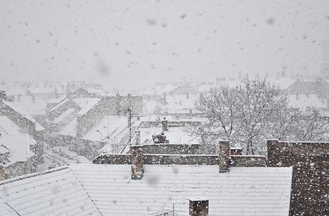 Hó, havas eső, csúszós utak várhatóak a héten – vigyázzunk egymásra és magunkra!