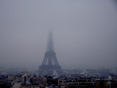Párizs fő közlekedési útvonalain megtiltották a 7,5 tonnánál nehezebb járművek közlekedését