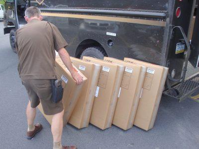 Kiscsomag szállítás, avagy hogyan lehet kisméretű, különböző formájú rakományokat szállítani