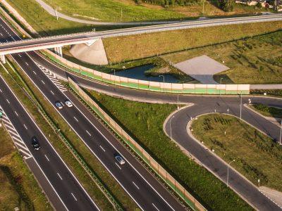 Raport BAG: Ponderea pe drumurile federale a camioanelor aparținând companiilor germane este în scădere