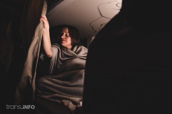 Pronto en España será prohibido dormir en la cabina. Vea la multa por tomar el descanso de 45 horas