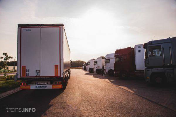 Parkplatz auf der Strecke nach Calais wird im August erweitert und bleibt in dieser Zeit geschlossen