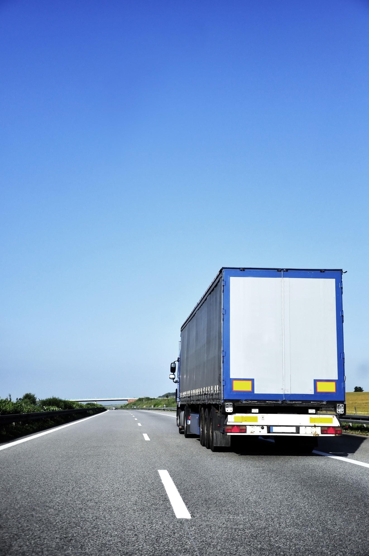 Austria încurajează introducerea camioanelor pe combustibil alternativ