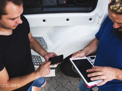 Niemieccy przewoźnicy uczestniczą w testach e-CMR. W sierpniu poznamy wyniki projektu AEOLIX
