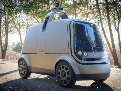 Nuro zeigt sein autonomes E-Fahrzeug für Warentransport