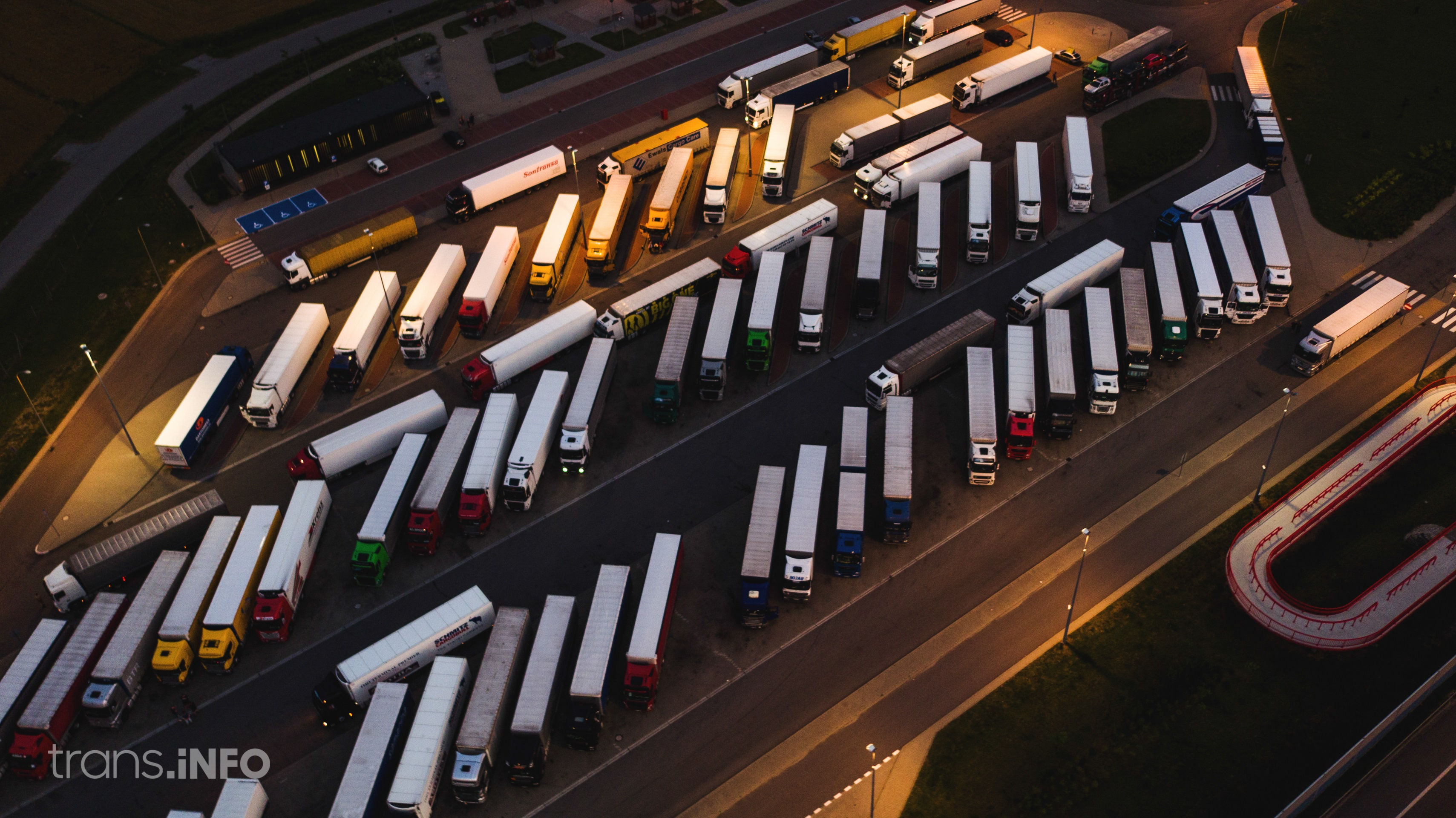 Only 25 hours in a parking lot in Denmark. New regulations for trucks will soon enter into force