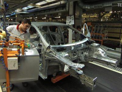 Így rövidítik le a szállító robotok a gyártási időt