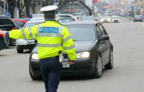 Adio radare ascunse: Senatul a adoptat propunerea privind instalarea radarelor doar în vehicule identificabile