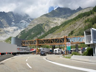 Two important tunnels will be closed on Monday