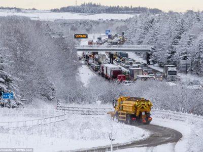 Marea Britanie și Irlanda: Cod rosu de ninsori și polei