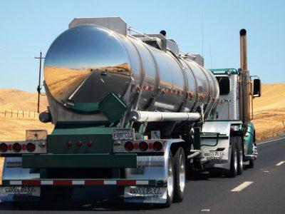 Eksportas augina pieno pramonę. Krovinių daugėja