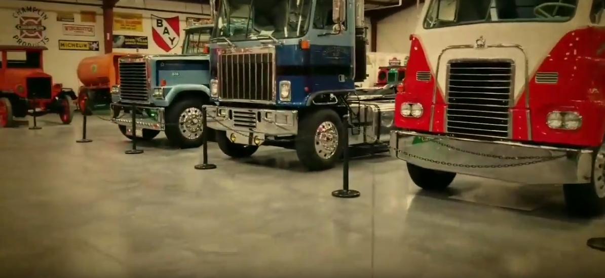Wirtualne zwiedzanie amerykańskiego muzeum ciężarówek