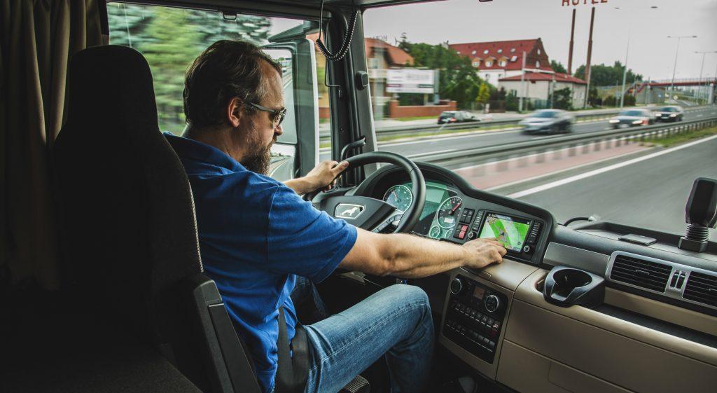 A teherautók kötelező hazatérésnek eltörlését kérik a magyar fuvarozók