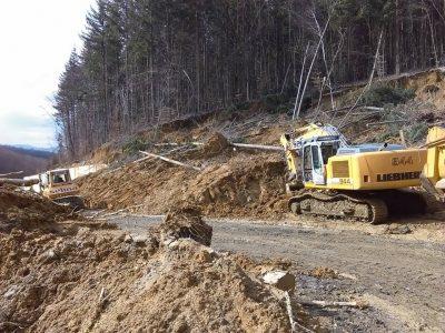 Pe DN76 a avut loc o alunecare de teren. Solicităm CNAIR să pună siguranța mai presus de fuga de răspundere!