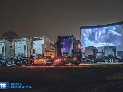Kinas po atviru dangumi vairuotojams. Nekasdienė idėja Olandijoje