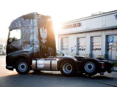 Uświetnią 100-lecie odzyskania niepodległości stuningowaną ciężarówką
