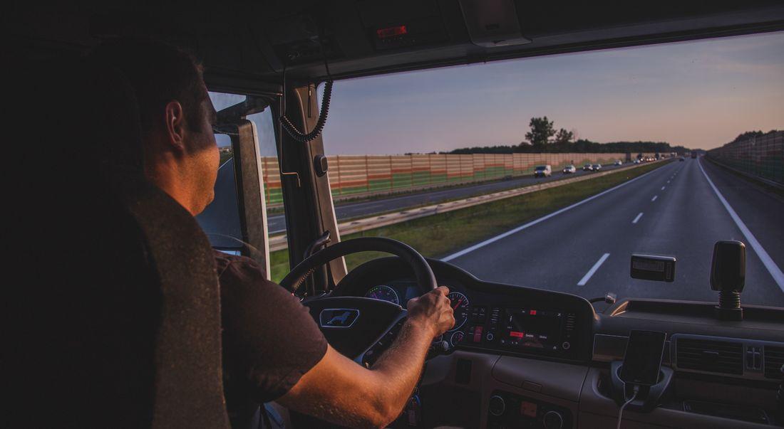 Padidinti minimalus mokėjimo tarifai vairuotojams Suomijoje