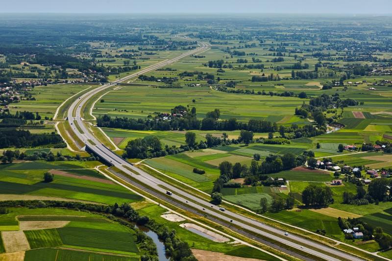 Fragment drogi ekspresowej S19 na Podkarpaciu, będącej częścią Via Carpatia