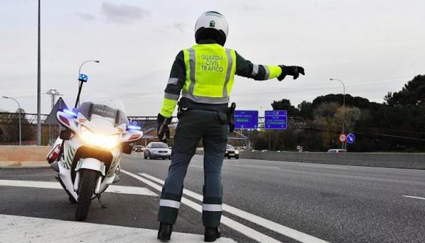 Didesnės baudos už minimaliojo darbo užmokesčio Prancūzijoje pažeidimą