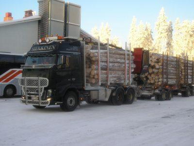 Emelkedett a sofőrök minimálbére Finnországban