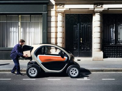 Szállítás a megrendeléstől számítva 3 órán belül – elektromos kis autóval