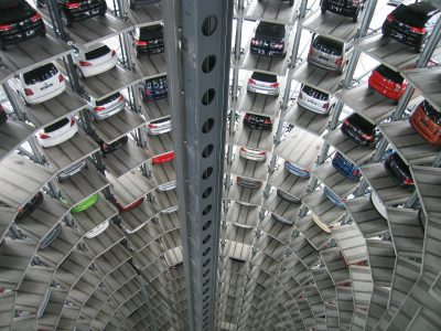 Így javult az automatikus elosztással az Audi és Škoda raktárainak hatékonysága