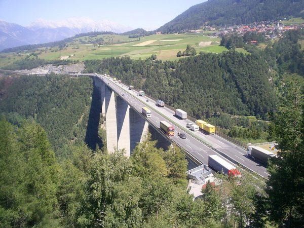Italien: Zusätzliche Fahrverbote auf der Brennerautobahn A22