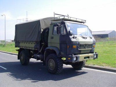Die niederländische Lösung für Personalmängel im Transport. Fahrer von der Armee unterstützen ein bekanntes Unternehmen.
