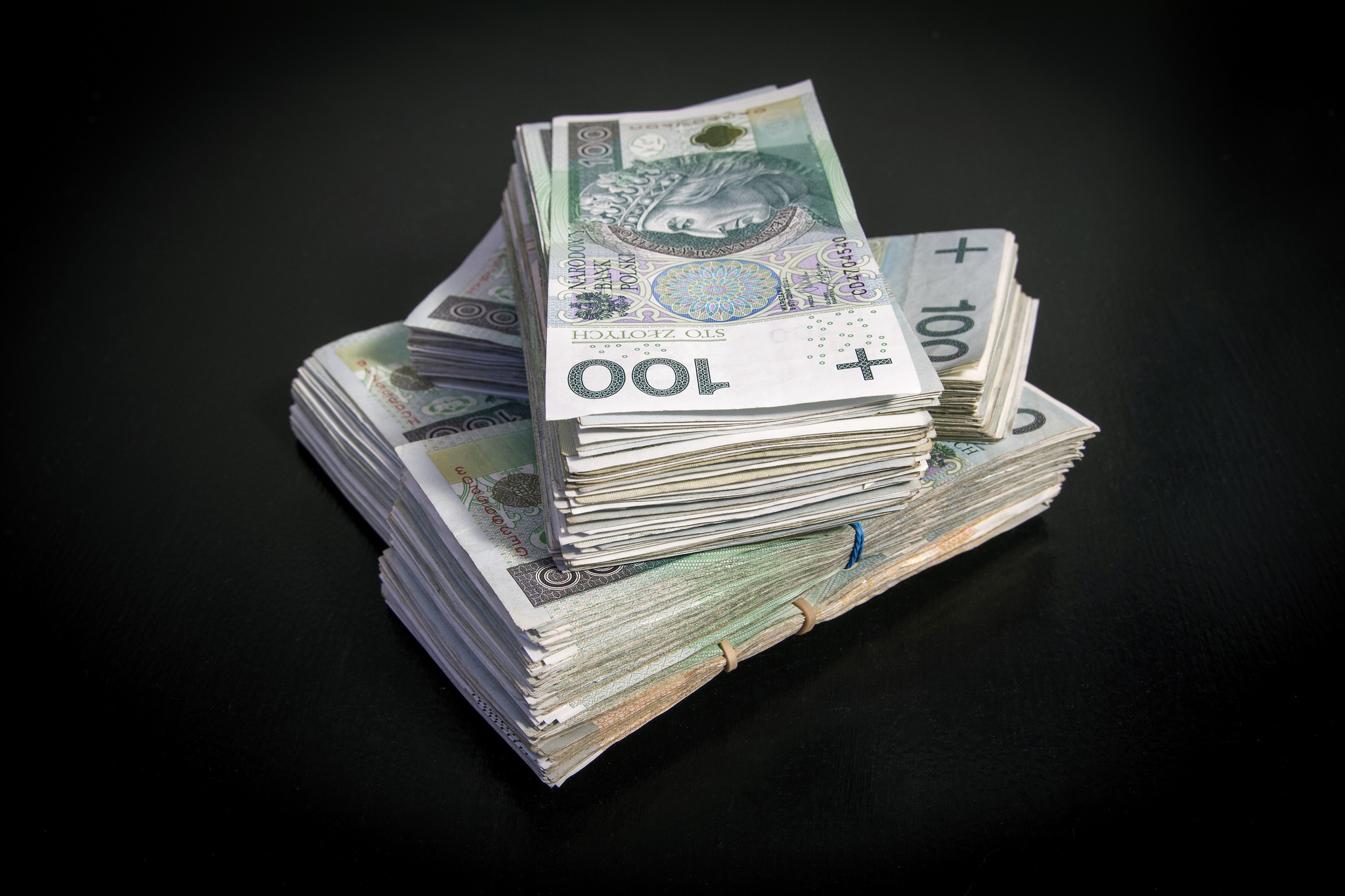 Ile zarabia się w branży TSL? Eksperci podali najnowsze stawki
