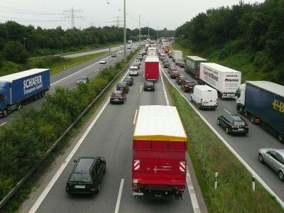 Még több előzni tilos szakasz teherautóknak Szászországban májustól