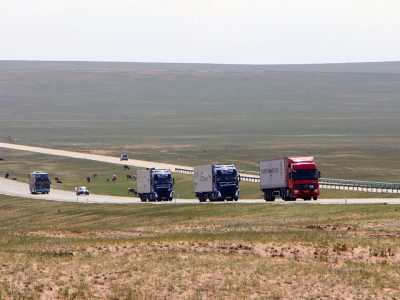 Brilliant move by Russia. New connection with China – first trucks hit the road
