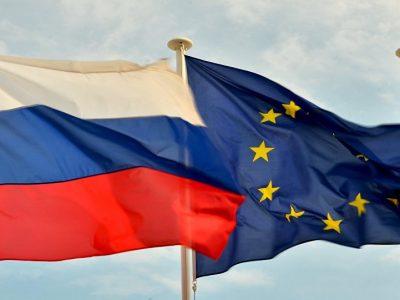 Rusai primena apie baudas už krovinius, kuriems taikomas embargas